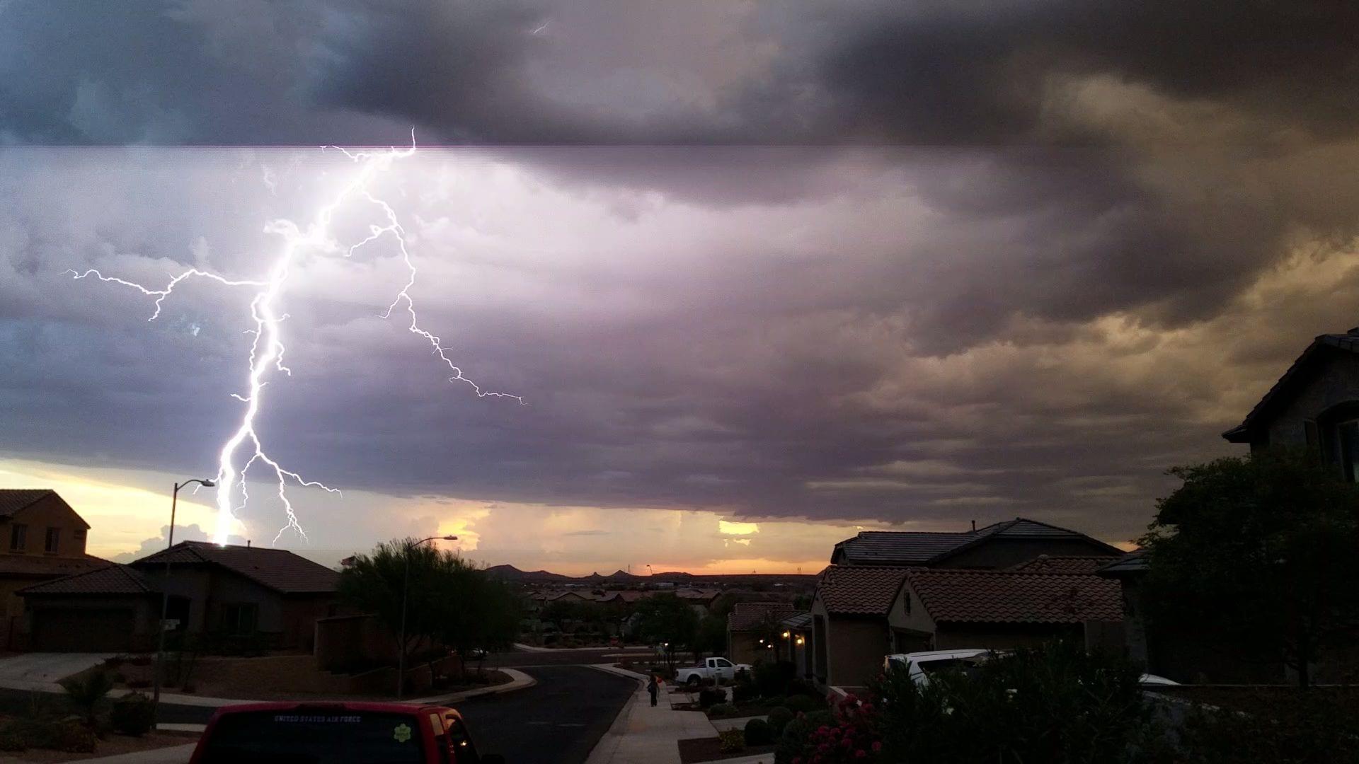 Phoenix Lightning 3